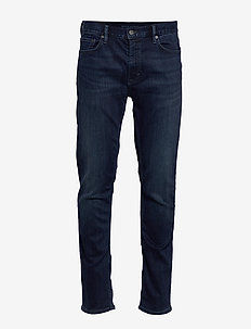 Slim Luxe Traveler Jean - slim jeans - dark wash