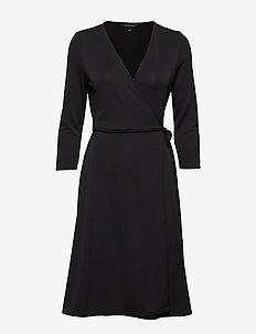 Wrinkle-Resistant Wrap Dress - slå-om-kjoler - black k-100