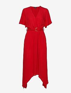 Handkerchief-Hem Wrap Dress - slå-om-kjoler - ultra red