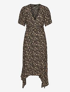 Handkerchief-Hem Wrap Dress - slå-om-kjoler - neutral dot