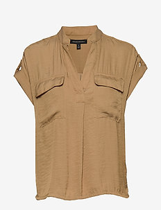 Boxy Safari Shirt - short-sleeved shirts - sand