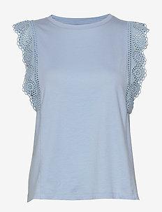 Eyelet Ruffle T-Shirt - hauts sans manches - light blue
