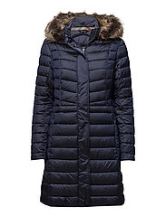 Barbour Berneray Quilt - ROYAL NAVY