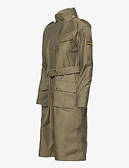 Barbour - B.Intl Qualify Jacket - trenchcoats - lt army green - 2