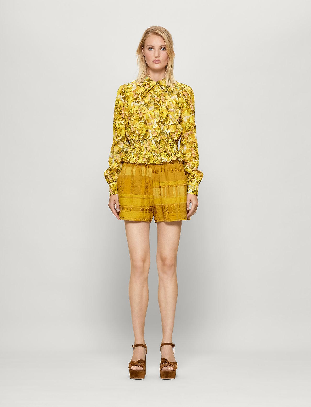 Baum und Pferdgarten - NAZYRA - shorts casual - golden palm - 0