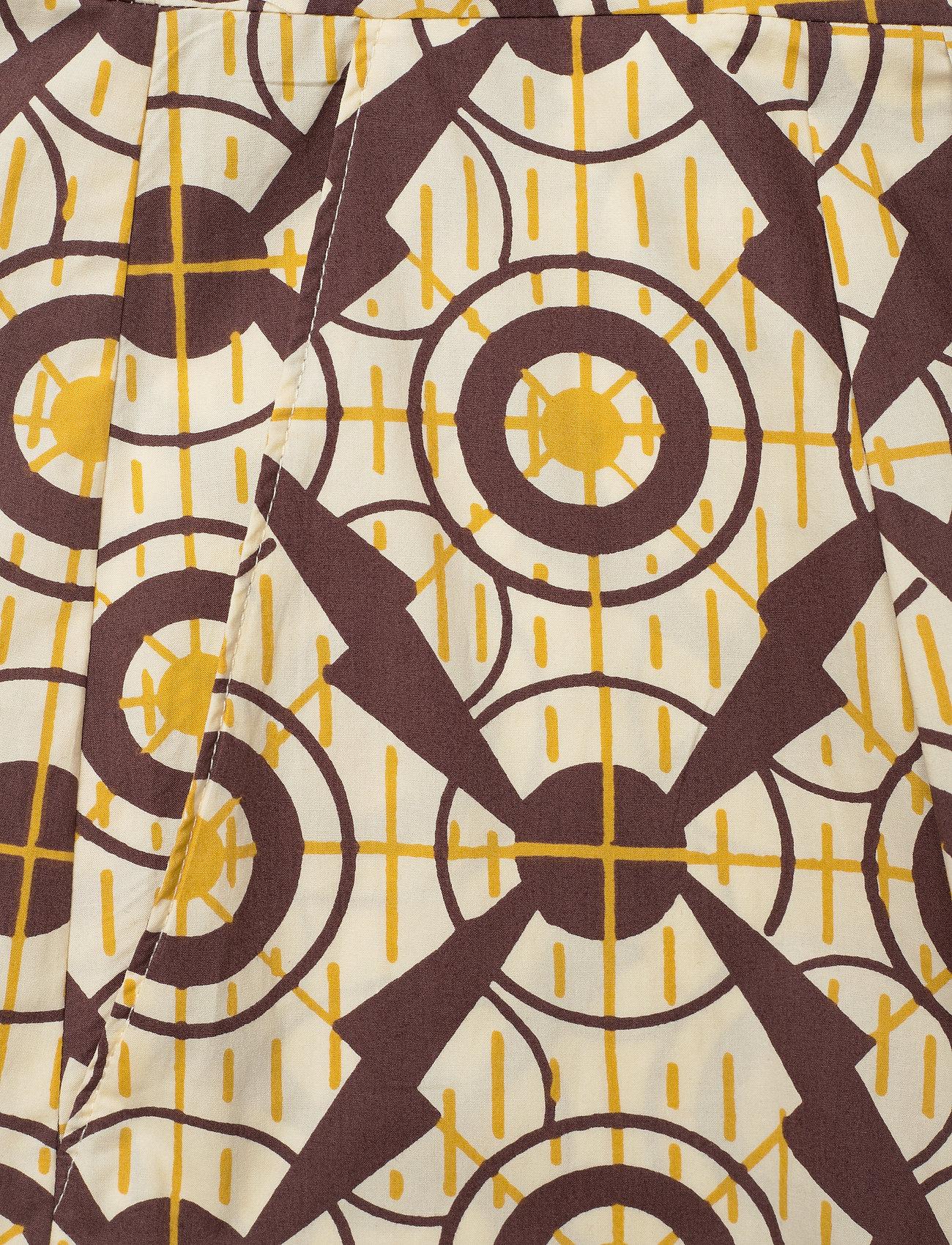 Baum und Pferdgarten - NOLANA - clothing - yellow propeller - 4
