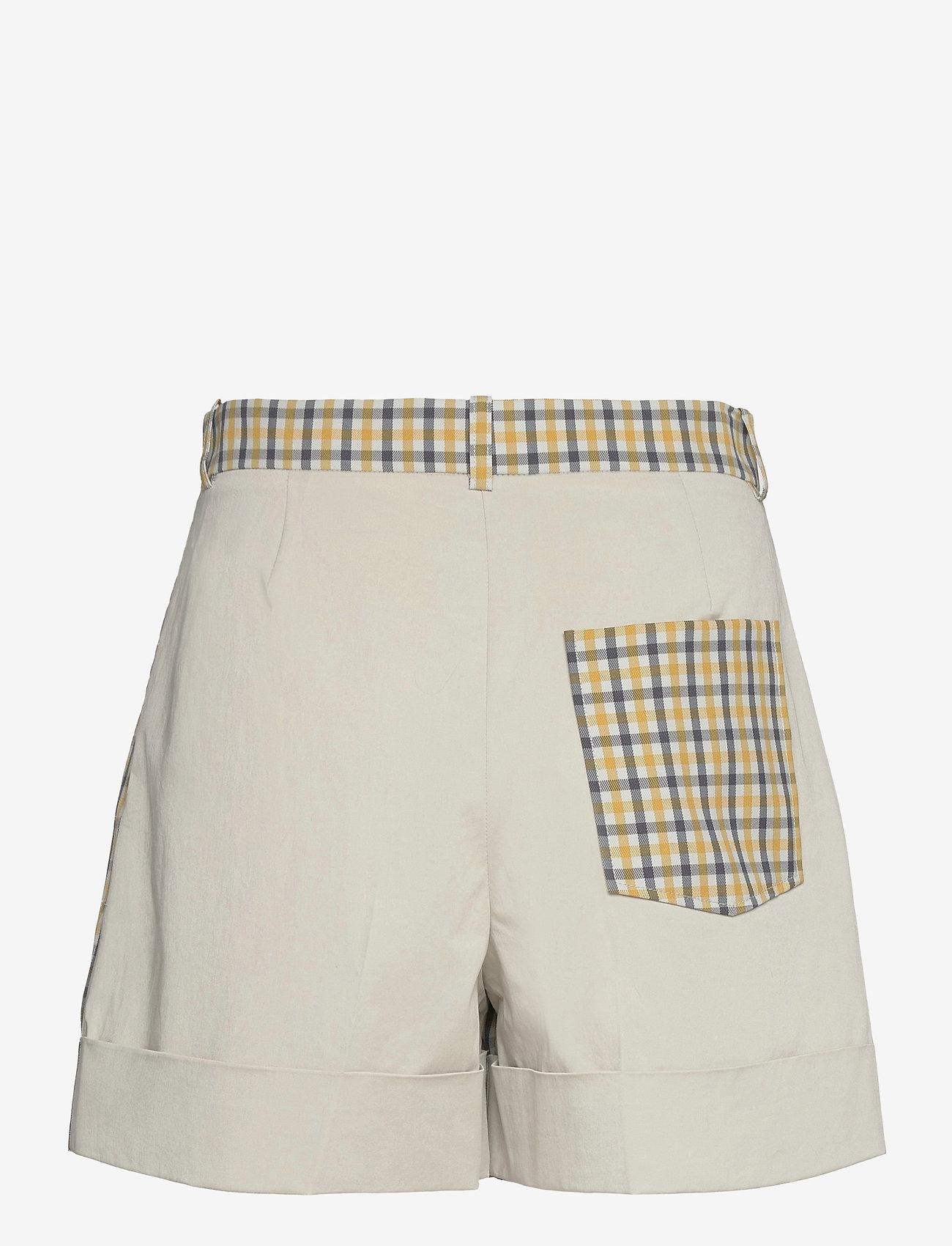 Baum und Pferdgarten - NOMADE - shorts casual - mustard check - 1