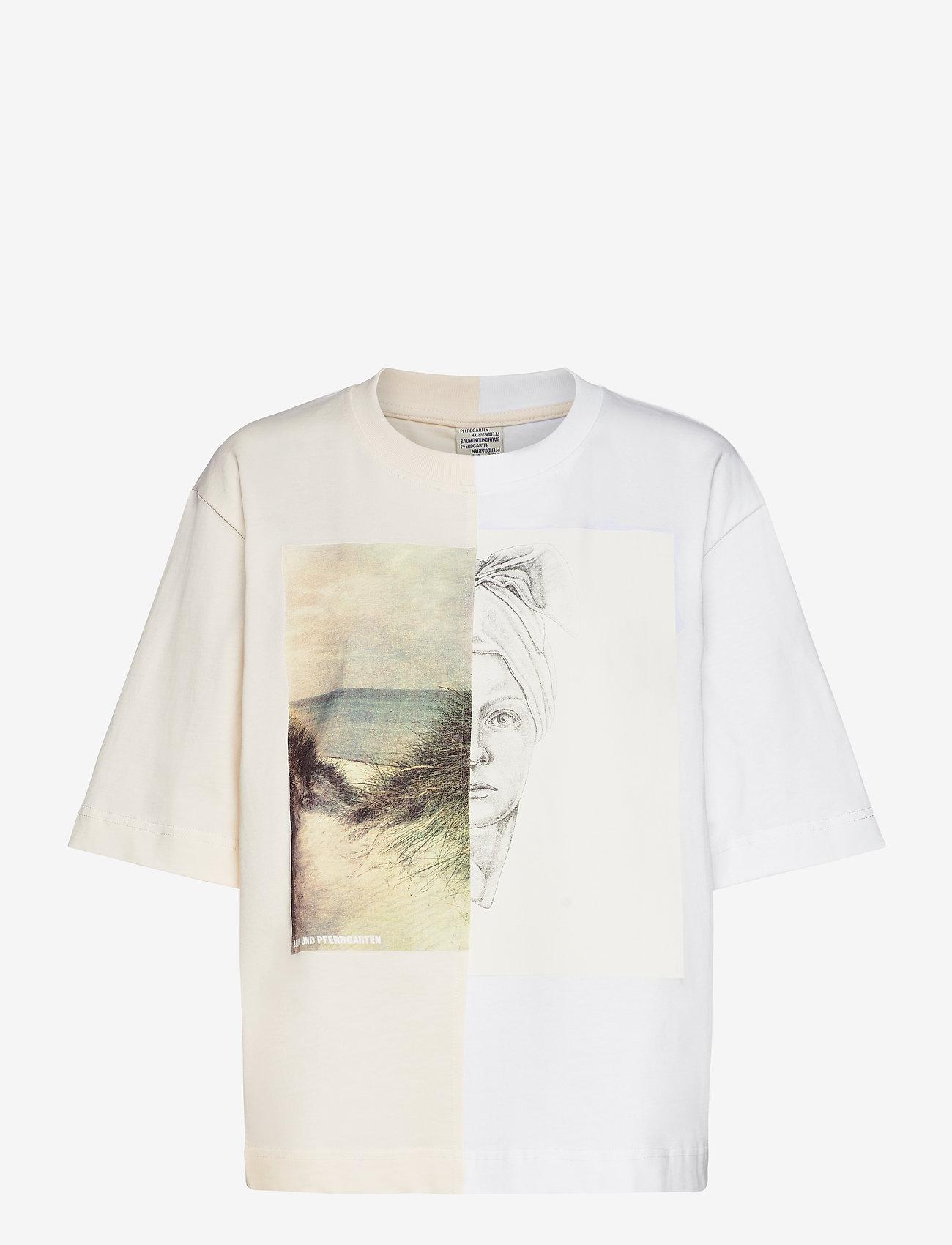 Baum und Pferdgarten - JILLIANNA - t-shirts - eggnog - 0