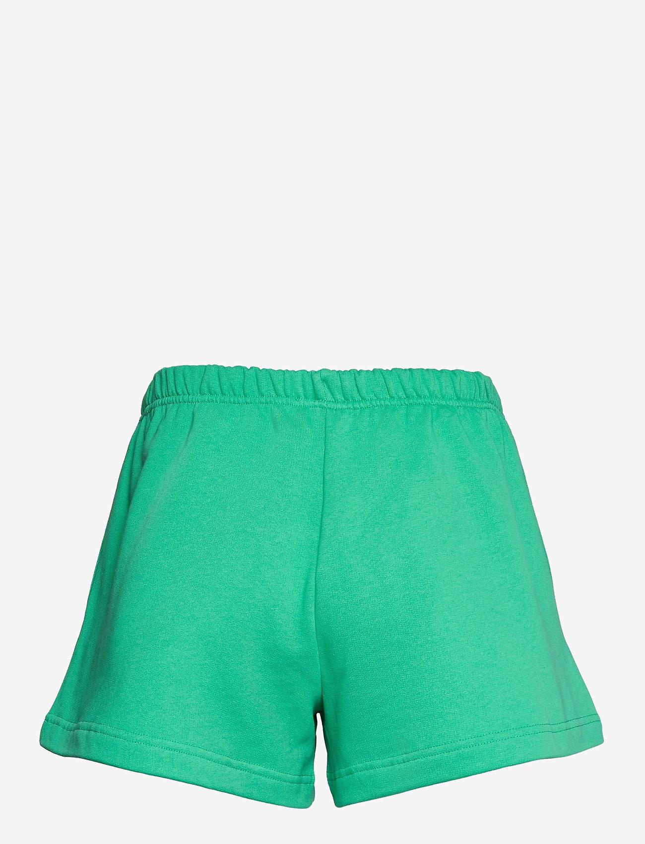 Baum und Pferdgarten - JOSANN - shorts casual - gumdrop green - 1