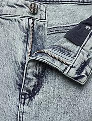 Baum und Pferdgarten - NURAY - slim jeans - heavy washed denim - 4