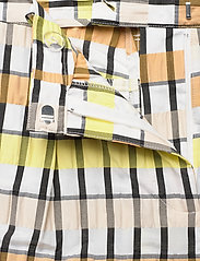 Baum und Pferdgarten - NEMA - casual trousers - peachyellowblack check - 4