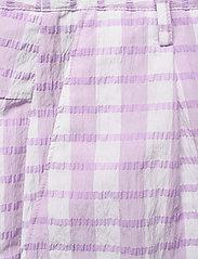 Baum und Pferdgarten - NEMA - casual trousers - creamy lilac check - 2