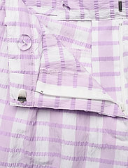 Baum und Pferdgarten - NEMA - casual trousers - creamy lilac check - 3