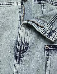 Baum und Pferdgarten - SHANTEL - jeansowe spódnice - heavy washed denim - 3