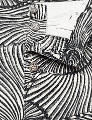Baum und Pferdgarten - NANCY - jeans droites - black tiger shell - 4