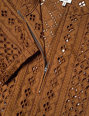 Baum und Pferdgarten - MAIRA - langærmede bluser - carafe brown - 3