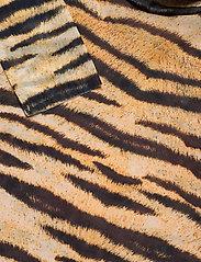 Baum und Pferdgarten - JODI - langærmede toppe - naturel tiger - 3