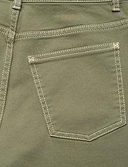 Baum und Pferdgarten - NANCY - boyfriend jeans - winter moss green - 5