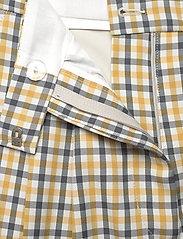Baum und Pferdgarten - NOMADE - casual shorts - mustard check - 3