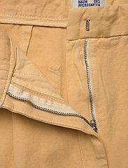 Baum und Pferdgarten - NOUR - bukser med brede ben - apricot cream - 4