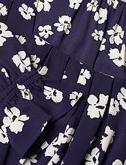 Baum und Pferdgarten - ASAYO - sommerkjoler - patriot blue floral - 2