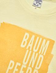 Baum und Pferdgarten - JOLEE - t-shirts - french vanilla - 2