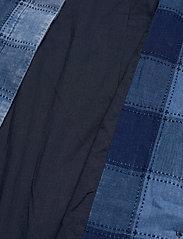 Baum und Pferdgarten - DEZIE - trenchcoats - worn indigo - 5