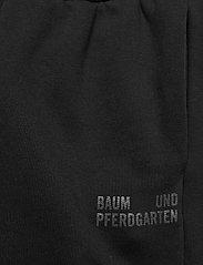 Baum und Pferdgarten - JEANTELLE - kläder - black - 4