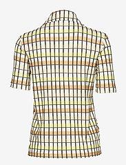 Baum und Pferdgarten - JOEY - blouses à manches courtes - yellow peach check - 1