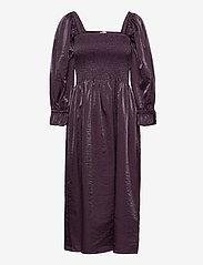 Baum und Pferdgarten - ADANNA - evening dresses - plum perfect - 1