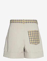 Baum und Pferdgarten - NOMADE - casual shorts - mustard check - 1
