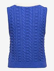 Baum und Pferdgarten - COLEEN - knitted vests - cosmic blue - 1