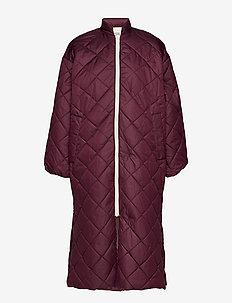 DREA - wyściełane płaszcze - winetasting