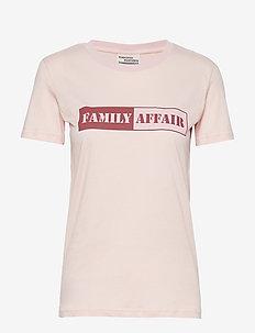 JERRY - printed t-shirts - peachskin