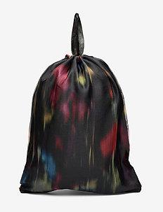 KARLA - rugzakken - black floral blur