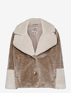 BRIANA - faux fur - silver birch mix