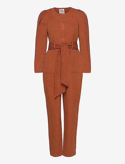 NORALEE - tøj - rusty brown
