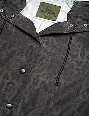 Becksöndergaard - Leolar Magpie Raincoat - sadevaatteet - army green - 4