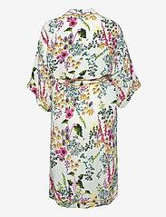 Becksöndergaard - Gardenflo Liberte Kimono - kimonos - white - 1