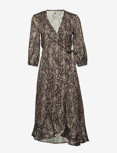 Snakey Alva Dress - slå-om-kjoler - grey