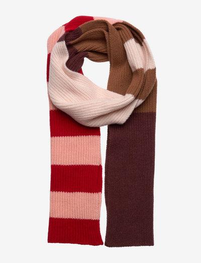 Cass Block Scarf - halstørklæder - fiery red