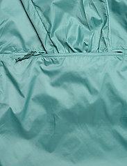 Bergans - Flyen W Anorak - training jackets - light forest frost - 3