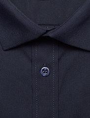 Bertoni - Gustav - basic skjorter - 740 dress blue - 3