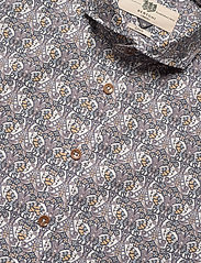 Bertoni - Hjalmar - basic skjorter - 250 plum - 2