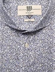 Bertoni - Hjalmar - casual skjortor - 740 dress blue - 2
