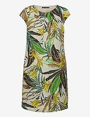 Betty Barclay - Dress Short 1/2 sleeve - sommerkjoler - green/green - 0