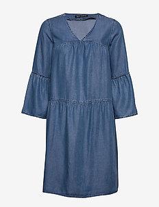 Dress Short 3/4 sleeve - denimkjoler - light blue denim