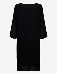 Dress Short 3/4 sleeve - korte kjoler - black