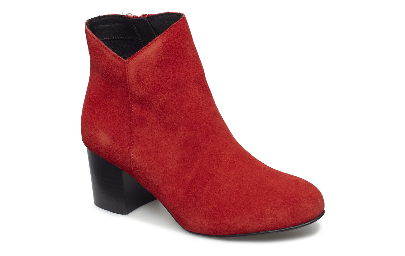 Bianco Suede V-Cut Boot - RED
