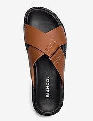 Bianco - BIADEBBIE Leather Cross Sandal - sandales - cognac - 3